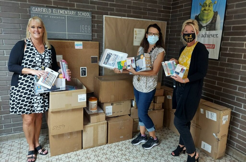 Foundation Delivers School Supplies to 15 School Districts in the Valley